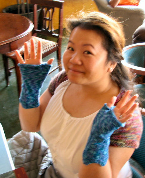 Broadripple fingerless gloves in action